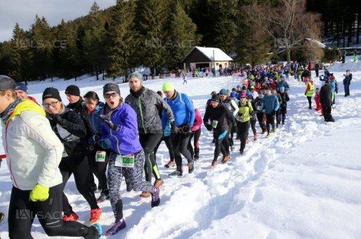 plus-de-360-coureurs-ont-pris-le-depart-du-9-km-lors-du-4e-trail-blanc-du-gaschney-photo-l-alsace-vanessa-meyer-1549127757